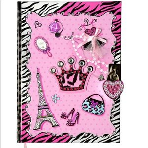 NWT Diary with Lock for ages 5-14